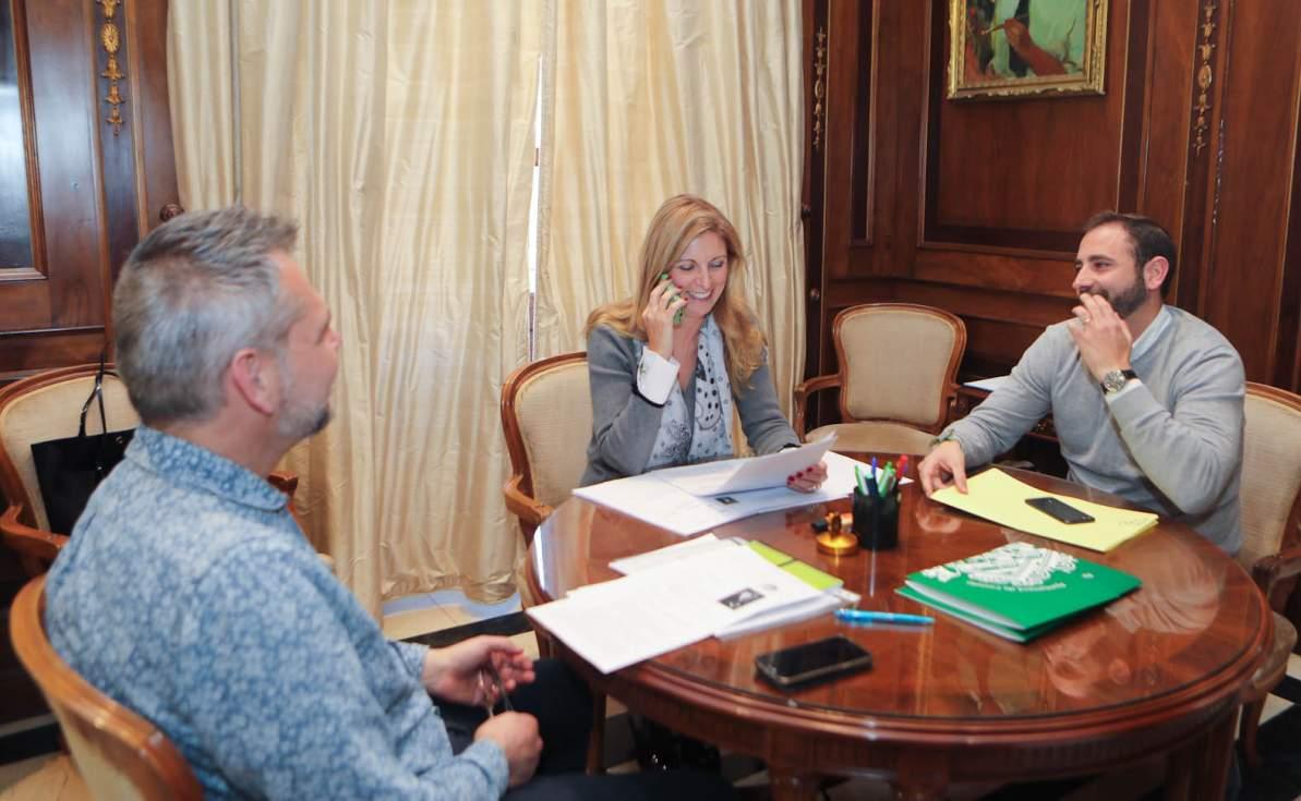 La alcaldesa de Castellón elige a los pregoneros de las fiestas de la Magdalena 2019